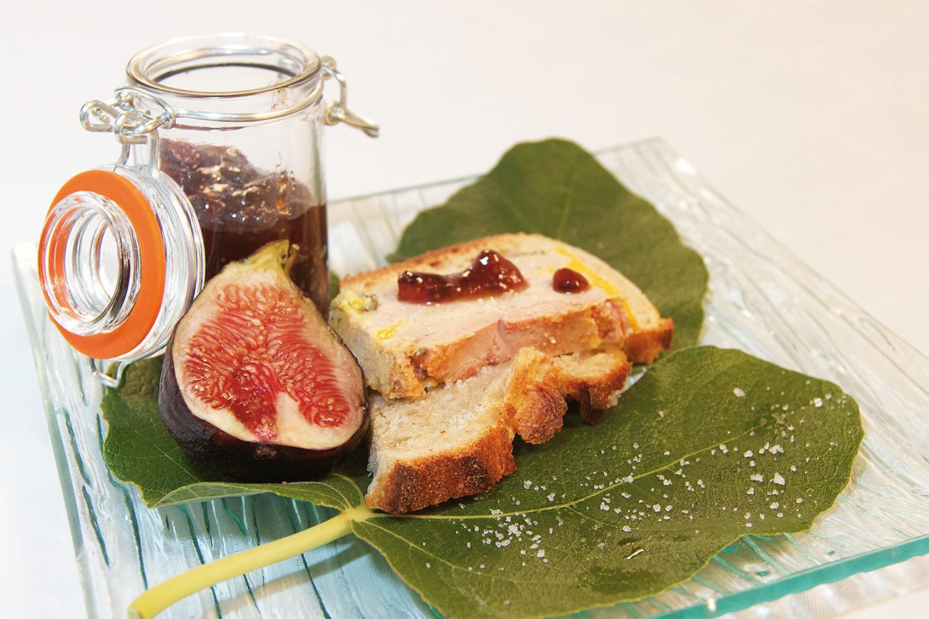 Foie gras halb gekocht und Lebkuchen-Feigenmarmelade